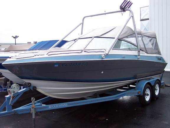 1990 Four Winns 200 Horizon